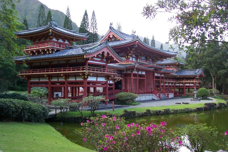 Byodo-in-Temple, Japan Tours, RediscoverTours.com