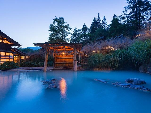 Tsurunoyu-Onsen-Bath, Japan Tours, RediscoverTours.com